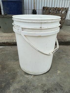 【求购】塑料桶
