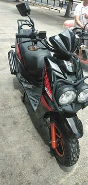 路虎踏板摩托车