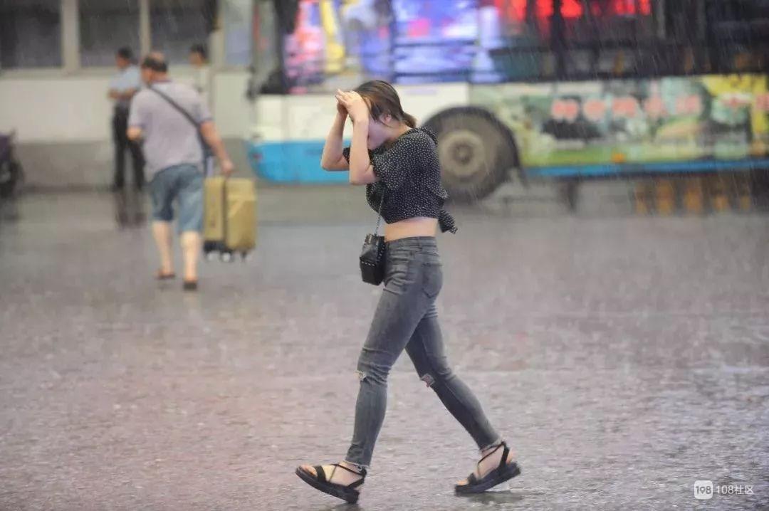 """德清强降雨""""车轮战""""开始,康城街却有""""绿巨人""""你看见没?"""