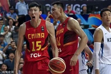 中国男篮迎回王牌组合!易建联周琦时隔三年再联手