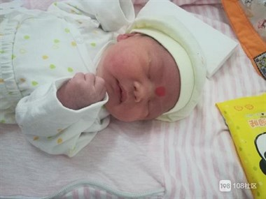 初为人父!父亲节迎来我的小公主 瓷都宝爸兴奋到睡不着!