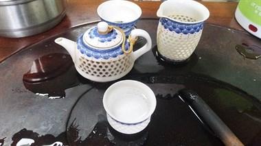 茶壶泡开水