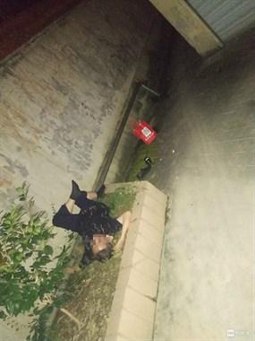 新建村一男子半夜鞋都脱了干出这事,曾有人为此送命