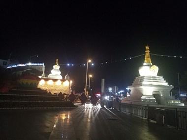 布达拉宫夜景!