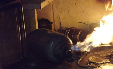 衢州市区一出租房发生煤气泄漏爆炸,一人受伤!
