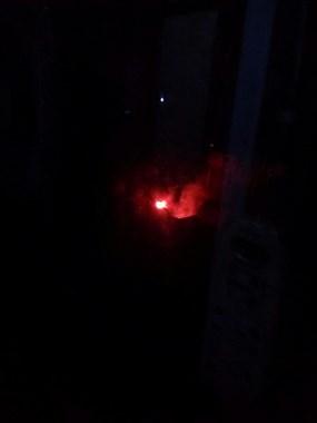 电机厂附近火光漫天连树都烧着了,吓得我差点求助119
