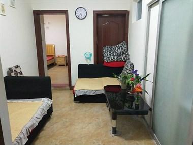 梅山坡 派出所对面 两室一厅 配套齐全 包宽带卫生