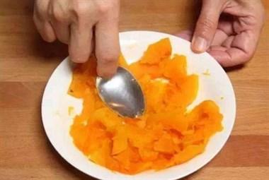 """做南瓜饼要用这种""""粉""""来做,南瓜饼Q弹软糯,吃着好吃更营养"""