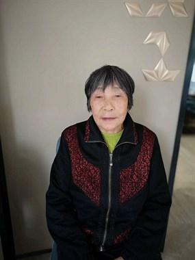 阿姨昨天在寿山庙加油站附近走失  有见到的吗?