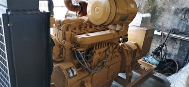 【转卖】各种二手船用柴油机齿轮箱