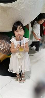 国庆节银泰城用108喝奶茶很实惠