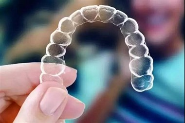 牙齿矫正黑科技   现代人的口腔健康选择