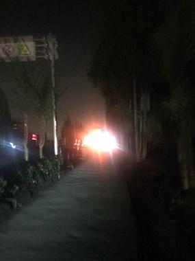 气数!越城这条路晚上漆黑一片,被电动车吓半死