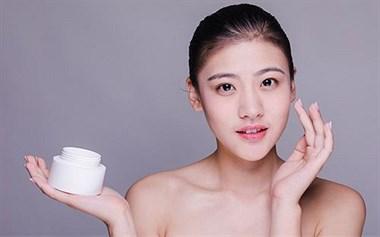 怀孕期可以使用护肤品吗?
