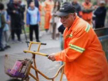 北京天使儿童医院将爱心化为行动 致敬马路天使!