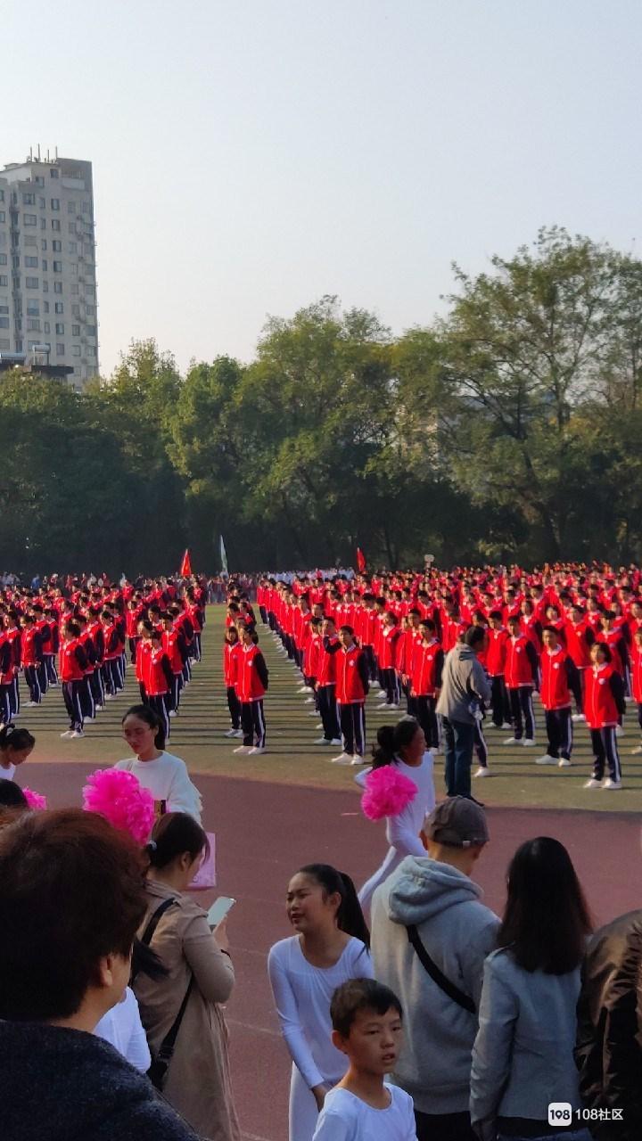 几千人齐聚景德镇一中!全市中小学生的盛会 现场火爆
