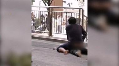 痛心!9岁男童小区内被陌生男子殴打致死!