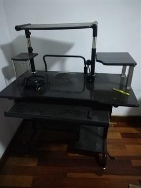【转卖】棕垫,健身器材,电脑桌