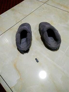 纸糊的?花35元买的拖鞋,才穿几天时间竟变这样了!