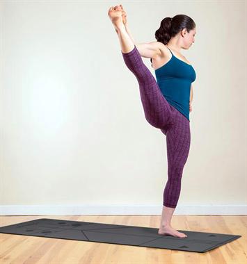 塑造紧致体型,甩掉大粗腿,这个瑜伽体式就够了 坤阳瑜伽