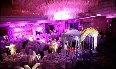 德清姑娘婚礼想用粉色,遭婆家反对!在农村是二婚的习俗?