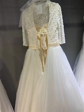 圣莉亚婚纱~ 有没有喜欢的
