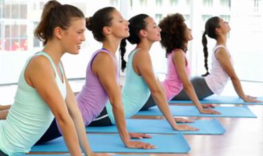 瑜伽初学者如何选择适合自己的瑜伽培训课程?