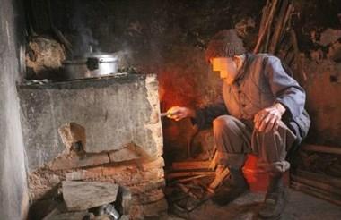 乾元8旬老太不肯和儿子同住,临过年说:他从不叫我吃年夜饭