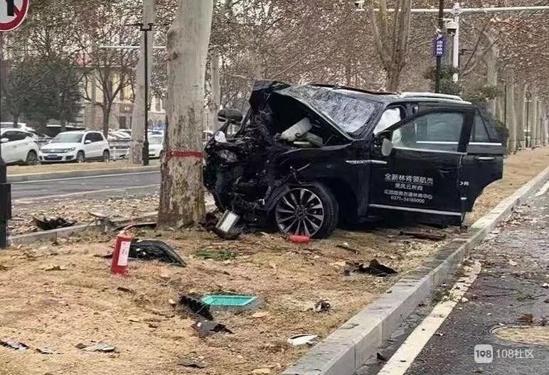 郑州男子试驾百万林肯豪车,撞树死亡!车上4人受伤