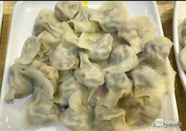 木耳馅饺子,您吃过吗?比牛肉香,比羊肉鲜,年夜饭餐桌上的必备