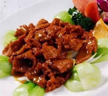 春节菜谱:粉蒸肉 嫩牛肉 椒香鸡翅 酱香排骨...