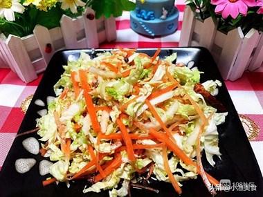 凉拌白菜丝的简单做法,一切一拌,做一大盘不够吃
