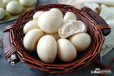 过年蒸馒头,别只加酵母,多加这两样,馒头白胖起皮,比面包还香