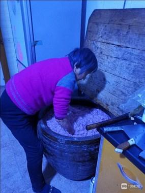 妈妈做糯米酒