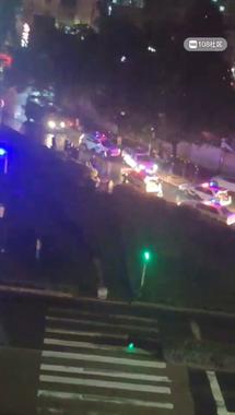 新昌一男子在车内企图自杀!大批警车消防车呼啸而来