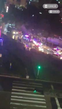 绍兴一男子在车内企图自杀!大批警车消防车呼啸而来