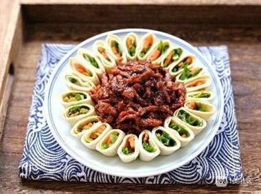 家宴的主菜,2个窍门记好,搞定嫩滑不老的京酱肉丝