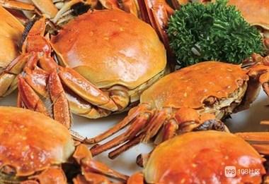 螃蟹上锅蒸,又腥又老,原因在于水用错了,用对方法螃蟹鲜美香嫩