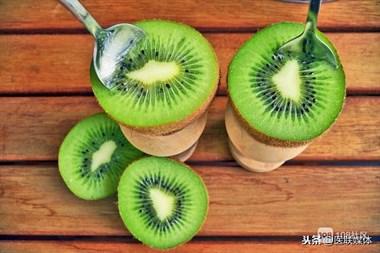猕猴桃该饭前吃还是饭后吃?3个时间吃,或对身体有益