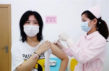 """""""108好汉""""为何注射新冠疫苗,这位00后的回答刷屏…"""