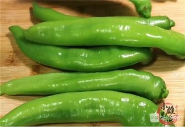 这才是腌辣椒正确做法,3天就能吃,酸辣爽脆还下饭,久放也不坏