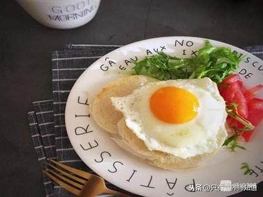 每天都吃一个鸡蛋对健康有利还是有害?