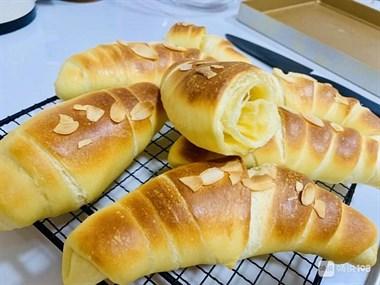 「牛角包」的做法+配方,咸味,这样做牛角包超级香又好吃