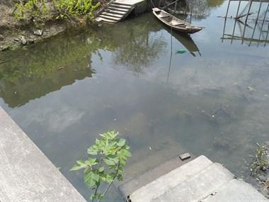 塞古!新市一5岁孩子独自去河边玩,被发现时人已漂浮起来…