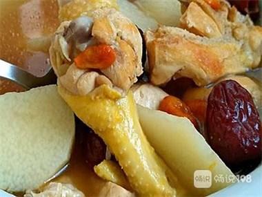 山药炖鸡汤 真的很好吃,大厨都不告诉你的炖汤秘诀