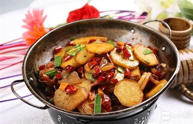 香辣土豆片、爆炒花甲、爆炒虾仁、爆炒鸡、爆炒龙虾的家常做法