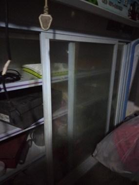 【转卖】冷冻冷藏展示柜和操作台出售