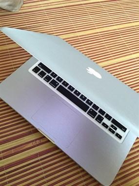 【转卖】个人苹果笔记本电脑