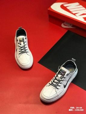 【转卖】出各种精品鞋子