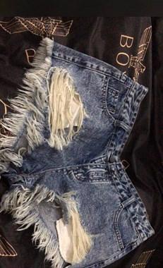 这么破的短裤竟然卖9500!据说买它的人都是为了...